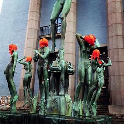 Orangea huvor i Stockholm inför Obama-besök