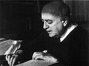 Herfra til Adorno (og tilbake igjen?)